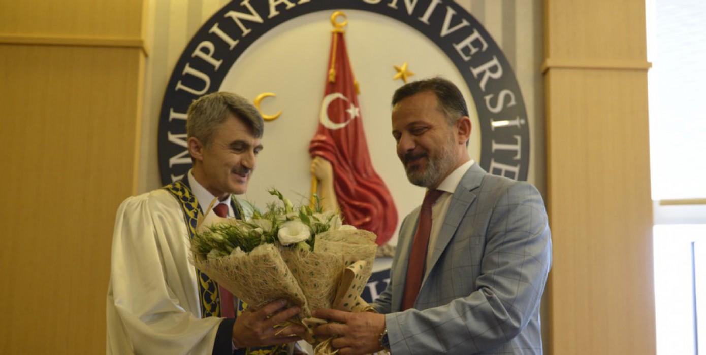 Prof. Dr. Kazım Uysal DPU Rektörlüğü Görevini Devraldı