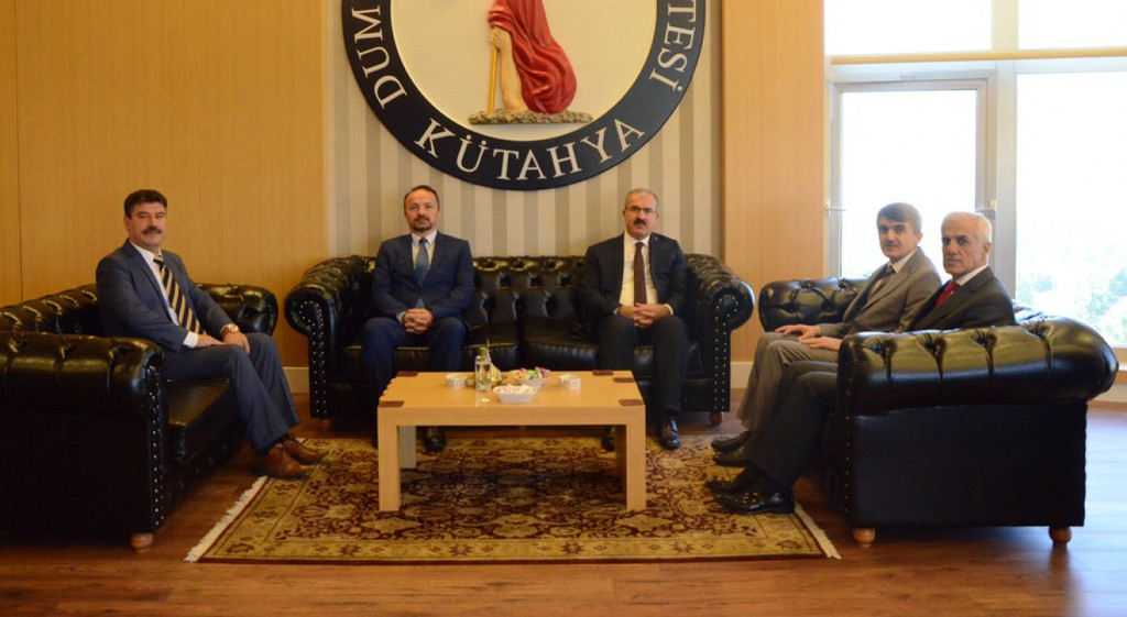 Kütahya Valisi Dr. Ömer Toraman'dan Rektörümüze Ziyaret