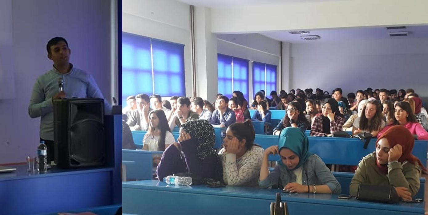 """Öğrencilerimize Yönelik """"Kök Hücre Bağışı ve Önemi"""" Semineri Düzenlendi"""
