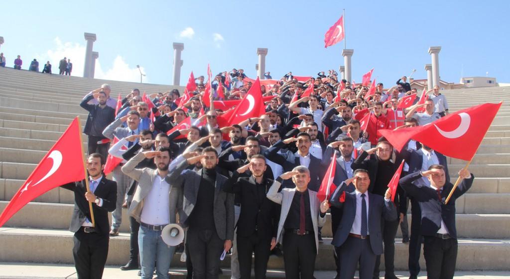 DPÜ'de Bayrak Yürüyüşü Etkinliği