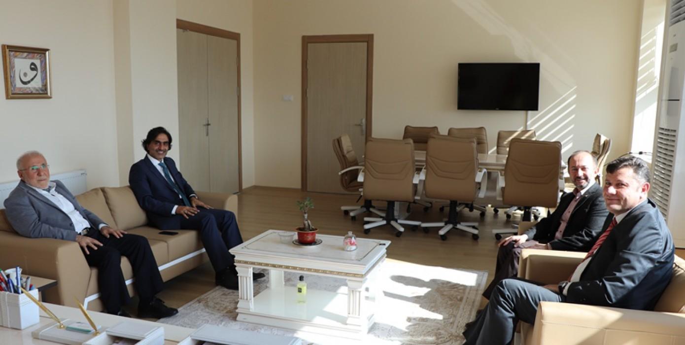 Kütahya Vali Yardımcısı Halil İbrahim Ertekin Fakültemize Nezaket Ziyaretinde Bulundu.
