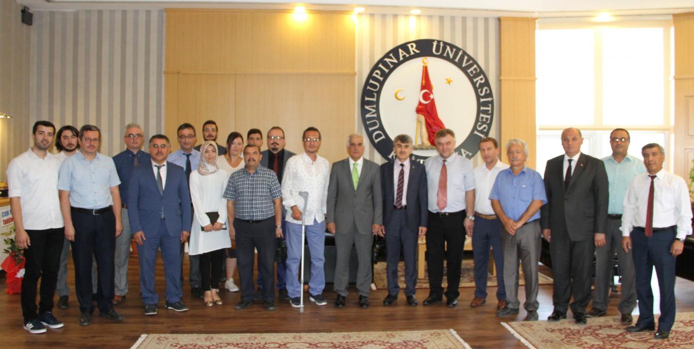 Simav Teknoloji Fakültesi'nden Sayın Rektörümüz Prof. Dr. Kazım Uysal'a Tebrik Ziyareti