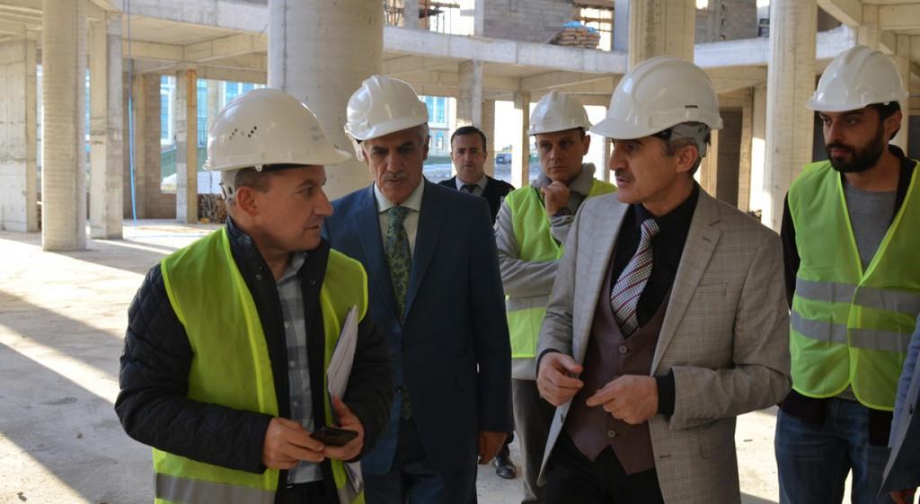 Rektörümüz DPÜ Kongre ve Kültür Merkezi İnşaatını İnceledi
