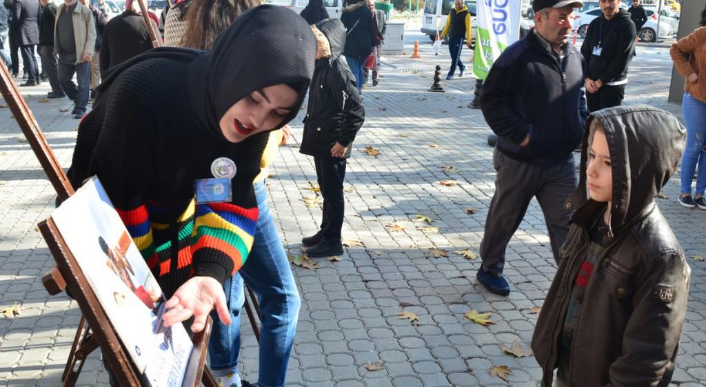 DPÜ Öğrencilerinden Dünya Çocuk Hakları Günü Etkinliği