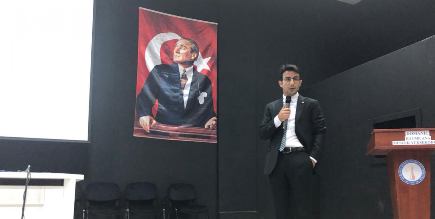 """Domaniç Hayme Ana Myo'da """"Günümüz Katılım Bankacılığı"""" Konferansı Verildi"""