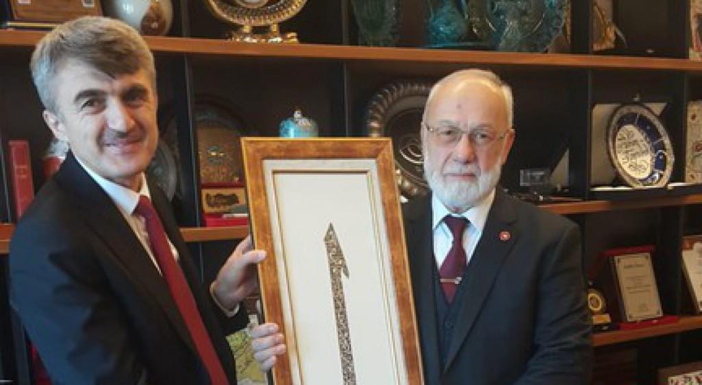 Prof. Dr. Kazım Uysal'dan Adnan Tanrıverdi'ye Ziyaret