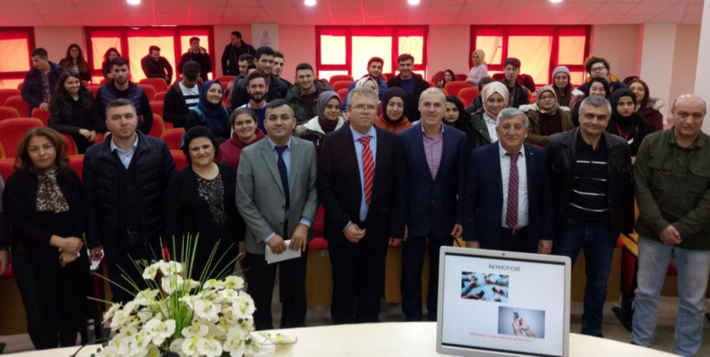 Dijital İşletmeler ve Dijital İşletmelerde Yönetim Konulu Konferans