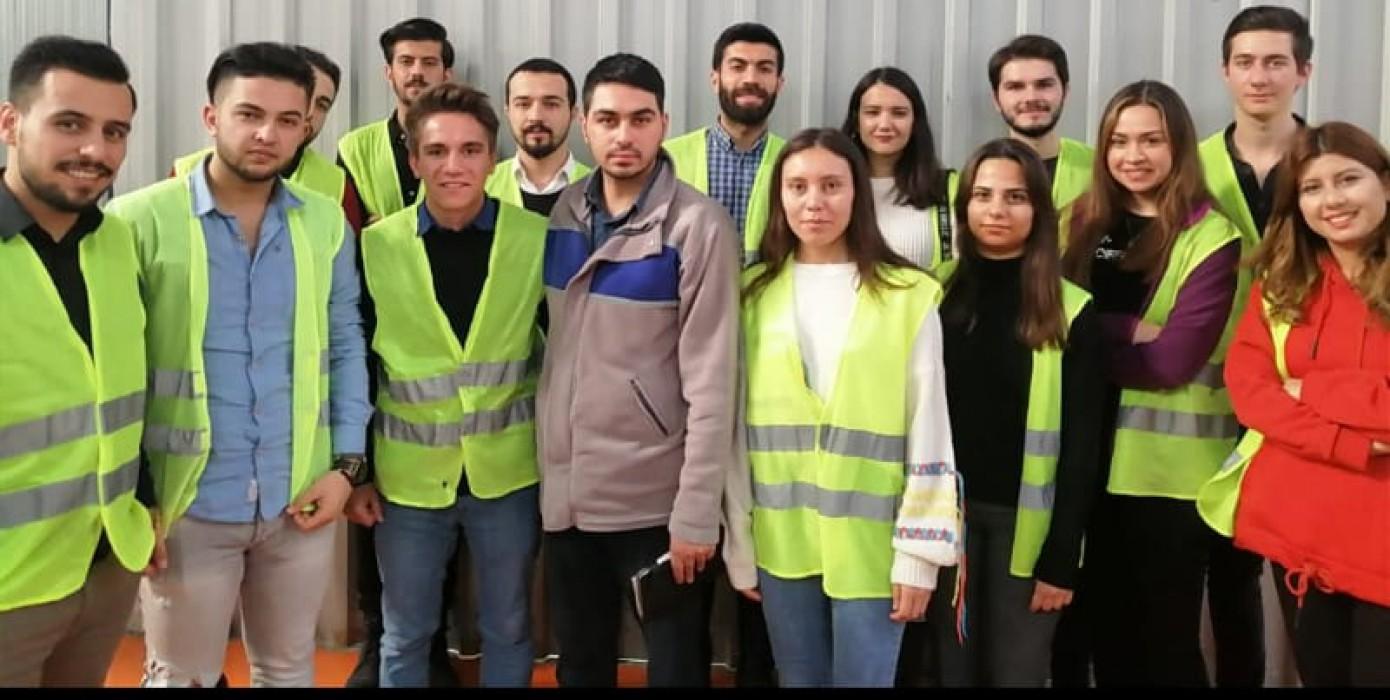 Kariyer ve Mezunlar Merkezinin Düzenlediği Kros Otomotiv Gezisi