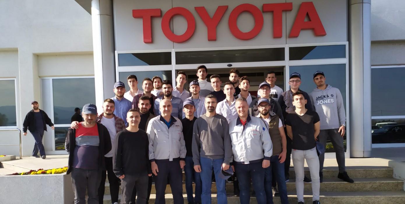 Tavşanlı Meslek Yüksekokulu'ndan Toyota Otomotiv Sanayi Türkiye A.ş. Fabrikasına Teknik Gezi