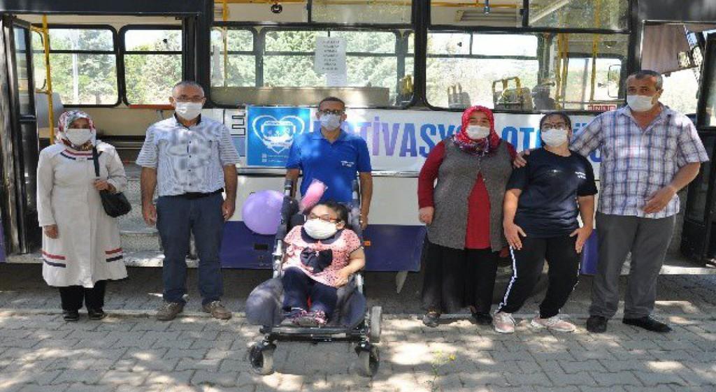 Motivasyon Otobüsünde Engelli Öğrenci Eğitimi