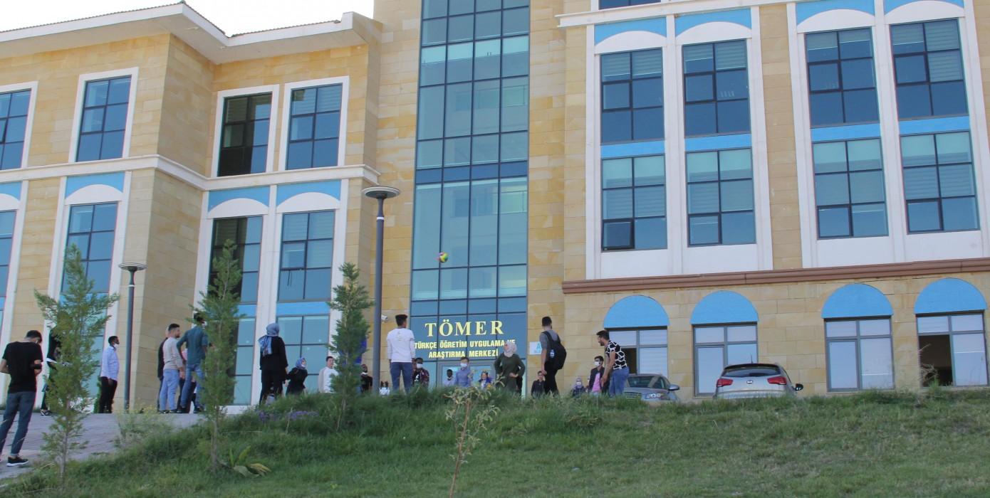 DPÜ TÖMER Yeni Binasında...