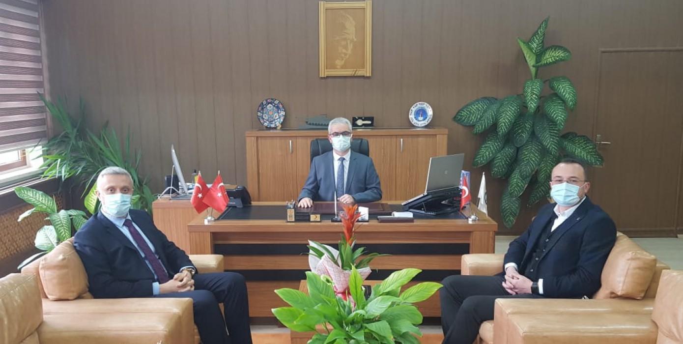 Simav Belediye Başkanı Avukat Sayın Adil Biçer ve AK Parti Simav İlçe Başkanı Sayın Ahmet Kulat' In Meslek Yüksekokulumuzu Ziyareti