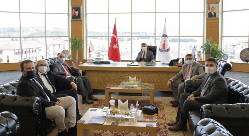 Prof. Dr. Şükrü Beydemir'den Rektörümüze Ziyaret
