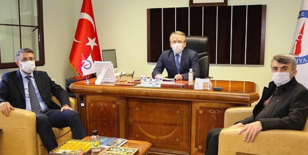 Kütahya Valisi Ali Çelik'ten Prof. Dr. Cengiz Duran'a Ziyaret