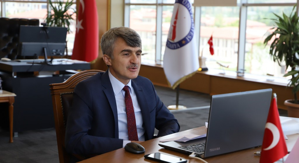 Prof. Dr. Kazım Uysal Gün Ortası Programına Konuk Oldu