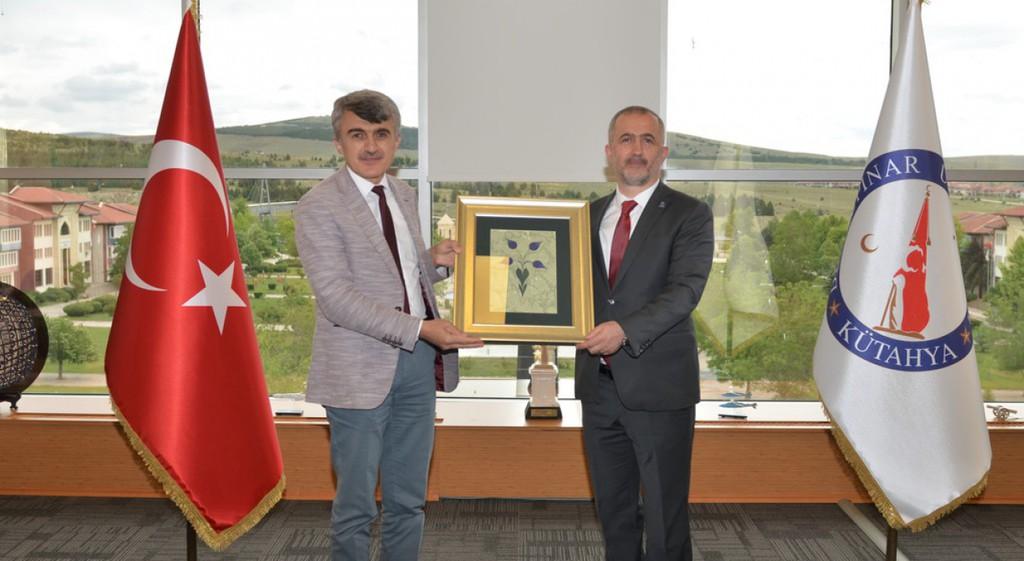 Prof. Dr. Fatih Savaşan'dan Rektörümüze Ziyaret