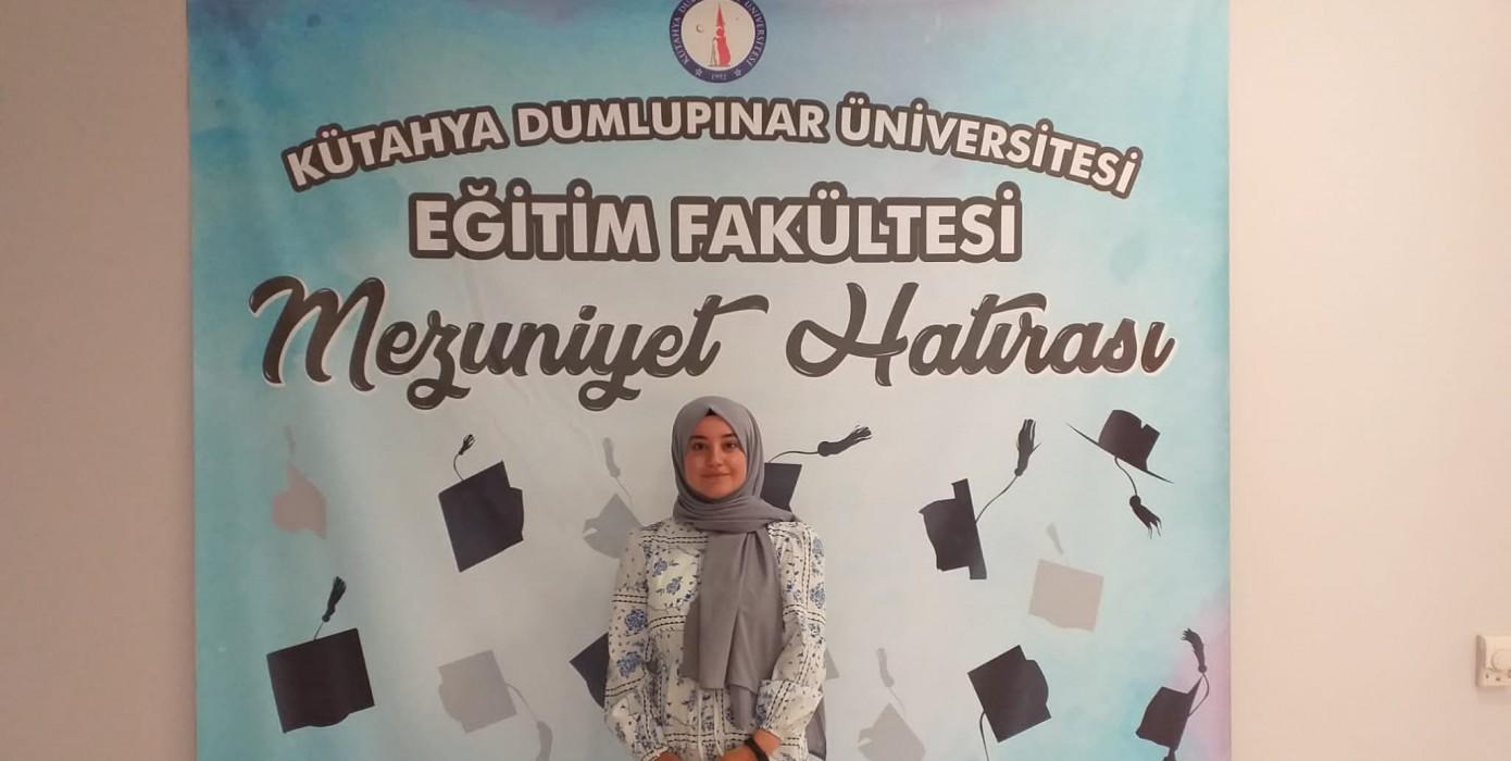 Eğitim Fakültemiz Türkçe Öğretmenliğinden Kpss'de Türkiye Derecesi