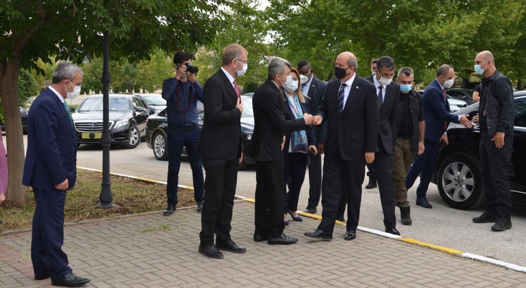 DPÜ'den KKTC Cumhurbaşkanı Ersin Tatar'a Fahri Doktora Unvanı