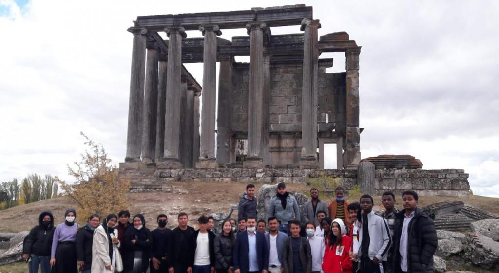 43 Ülkeden 43 Öğrencimiz Kütahya'yı Geziyor