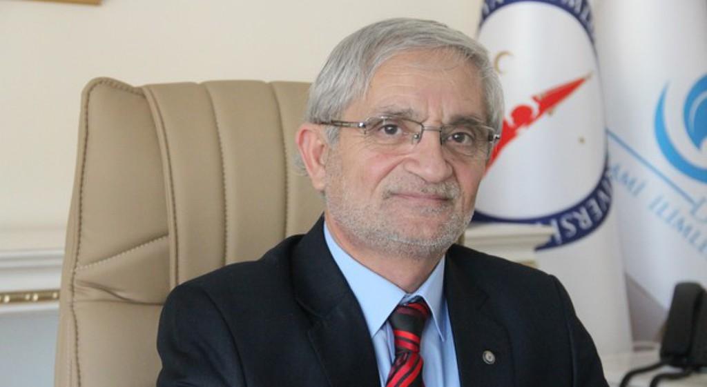 DPÜ İİF Dekanımız Prof. Dr. Çelik'ten Mevlit Kandili Mesajı
